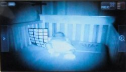 Baby-moniotr-visione-notturna.01